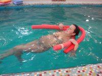 Полезен ли бассейн для беременных